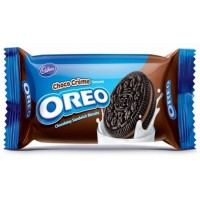 CADBURY OREO CHOCOLATEY SANDWICH BISCUITS 120G